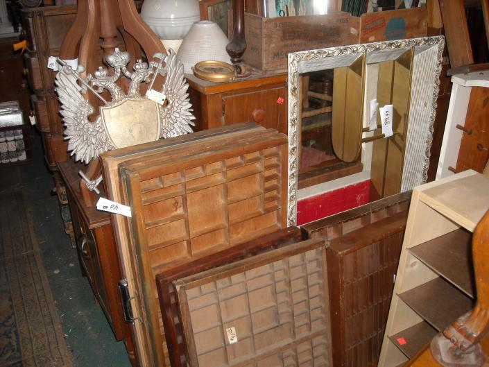 lots of selection of printer trays ,picture frames ,lamp and shades